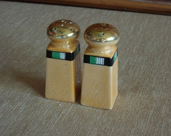 Lusterware Salt and Pepper shakers from Japan
