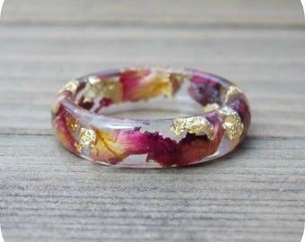 Rose Petal Gold Flake Resin Ring, real rose petal jewelry, gold flake jewelry, real flower jewelry, real flowers ring, rose ring, gift