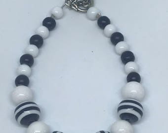 Black and White Striped Bracelet   Black and White   Beaded Bracelet   Stacking Bracelet   Striped Jewelry   Everyday jewelry   statement