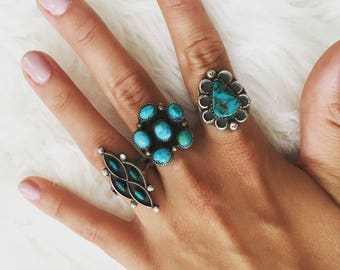 Vintage Beautiful Sterling Silver + Turquoise Native American Southwestern Large Flower Ring size 8.25