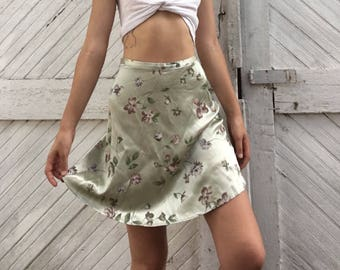 Pale Green Shimmer Rayon Mini Skirt Floral Pattern Size 9