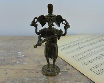 Musician figurine Elephant on flute - set 3