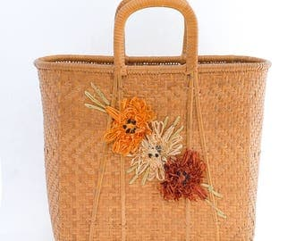 vintage basket purse | large straw handbag | top handle market bag | retro flower raffia purse | wicker bamboo handbag