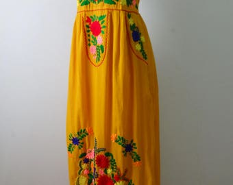 Hand embroidery maxi dress, Spaghetti strap dresses with a liner
