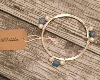 Blue and white bead bangle
