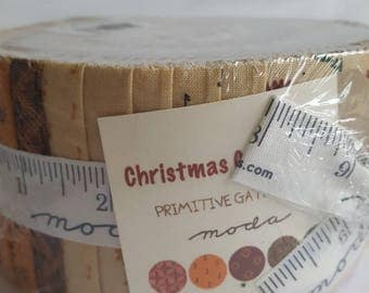 """Christmas Gatherings by Primitive Gatherings for Moda Jelly Roll 40 2 1/2"""" Precut Strips, All Cotton"""