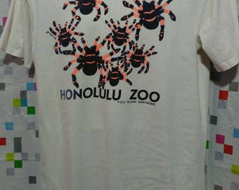 Vintage Clothing 90's Rare Hanes Beefy T Spiders t shirt Honolulu Zoo Made In USA Size L