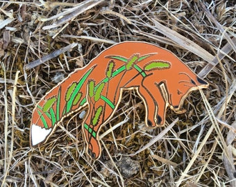 Grassy Fox Enamel Pin