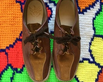 Circle of Comfort Vintage Leather Bowling Shoes Women's Size 9