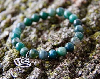 Silver Plated Lotus Flower Green Moss Agate Crystal Bead Mala Bracelet Lotus Flower Green Bead Bracelet Green Mala bead Healing Bracelet Zen