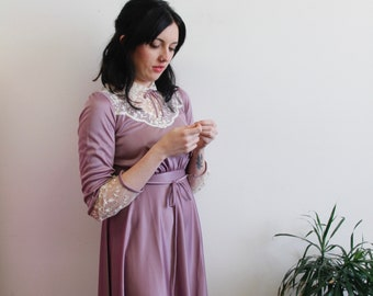 Vintage Victoria Lilac Purple Lace Chocker Nightgown, SZ S Vintage Long Sleeve Robe Dress