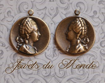 Marie Antoinette Profile Portrait Pendants Pair 1 Right 1 Left Opposing Facing Antiqued Brass Made in USA