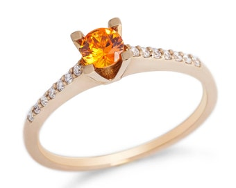 sapphire engagement gold ring  with diamond natural orange sapphire