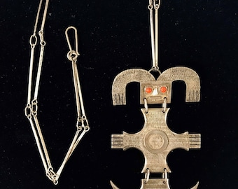 900 Silver Aztec Bird Necklace