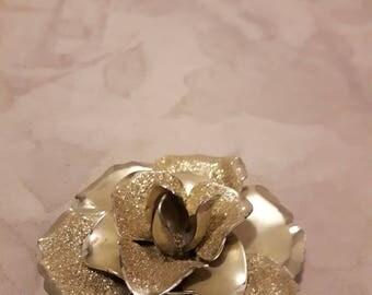 Vintage Large Flower Brooch - Sparkly Metallic Gold Tones - 1970s