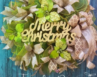 Deco mesh Christmas Wreath, Holiday Wreath,  Gold and Green Christmas, Weinachtskranz