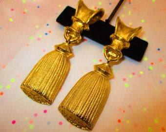 Vintage Gold Tassle Earrings