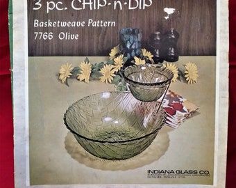 Indiana Glass, Chip and Dip Set, Basketweave Pattern, 3-piece, Original Box, Vintage 1950s, Entertaining, Made in America, Bachelor Pad
