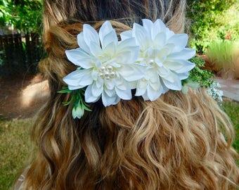 Dahlia Bridal Hair Clip, Bridal Hair Piece, Bridal Hair Flower, White Wedding Hair Accessories, Wedding Hair Piece, Flower Hair Clip