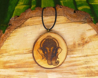 "Soul slices ""Ganesha 2"" wooden necklace, Vintage * Ethno * hippie * MUST have * statement *"