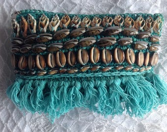Turquoise raffia clutch with cowries, shell and tassels, raffia Clutch Bag, Tassel Pom Pom Raffia, Summer Beach Pouch, Boho Cowrie ShellBag
