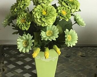 Beautiful Light Green Chrysanthemums Floral Arrangement
