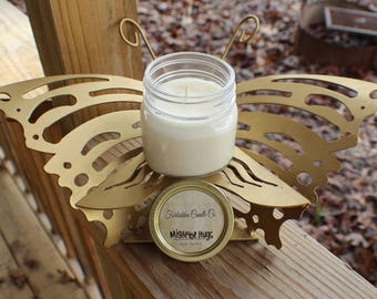 Mistletoe Hugs 8oz Soy Candle
