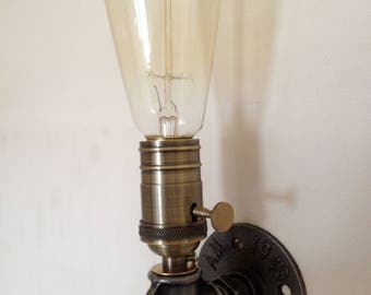 Industrial Wall Sconce with mechanical socket