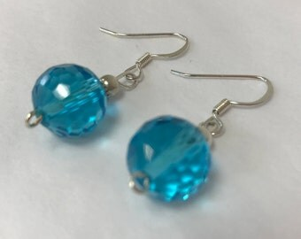 Turquoise Crystal Flaccid Round Earring