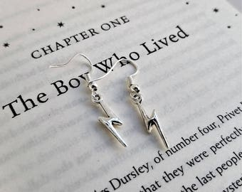Simple Harry Potter inspired dangle earrings with silver lightning bolt charms