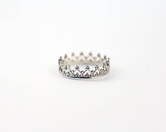 Sterling Silver Crown Ring, Queen of Hearts Crown Ring,  Princess Ring,  Sterling Silver Stacking Ring, Sterling Silver Ring, Queen Ring