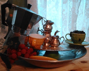 Coffee room tabletop fountain