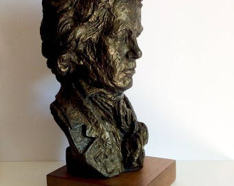 Mid Century Beethoven Bust Sculpture by Austin Productions, 1960's Art Sculptures, Classic Statuary Of Ludwig van Beethoven, Musician, Piano