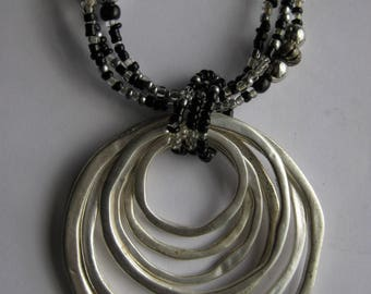 Modernist Circles Beaded Pendant Necklace