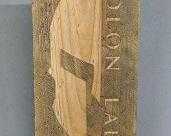 Molon Labe Distressed Wood Plaque