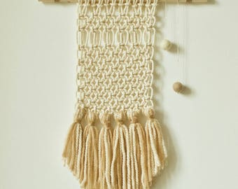 Wall hanging / macrame cotton and wool, natural tones