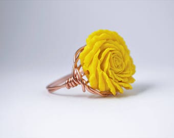 Wire Wrapped Rose Ring; Sunshine Yellow (Copper Band)