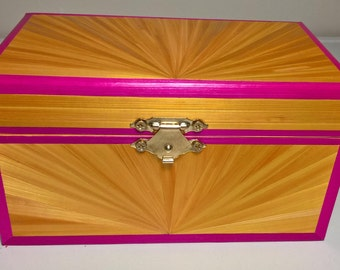 Small box pink and gold