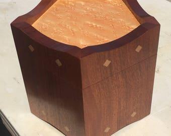 Wood Box - Pentagon - Mahogany/Birdseye Maple