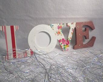 "Mini word ""Love"" wooden photo frame"