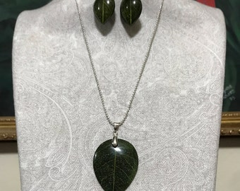 Green Leaf Pendant and Earring Set
