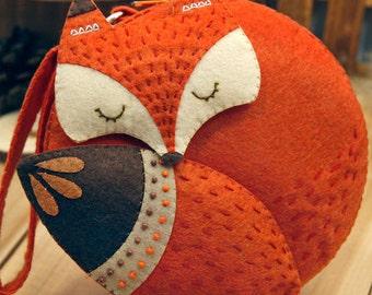 DIY Kit Fox Felt Round Bag / Coin purse / Handbag