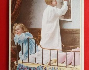 Kids Chromo bedtime card street advertising 1920 haberdashery shop