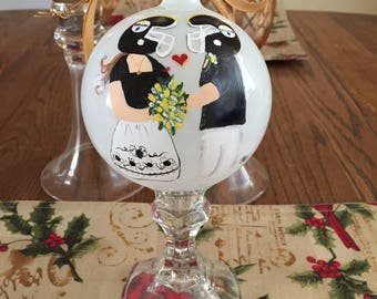 Wedding ornament, Personalized Wedding Gift, Couples First Christmas