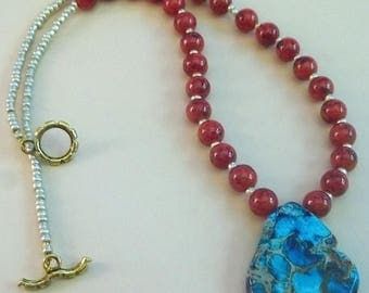 Dyed Magnesite and Druk Gemstone Necklace