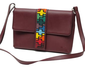 Oversize Leather Clutch Martinea Red Wine Color - Wixárika Mexican Art