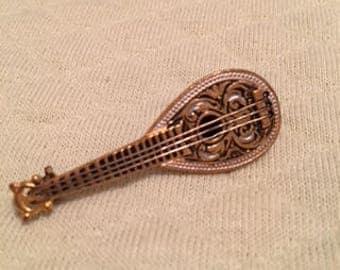 miniature mandolin brooch