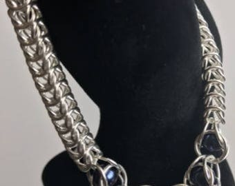 Sterling Silver box chain chainmaille captured midnight blue shell pearl bracelet