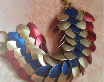 Wonder Woman inspired scale chainmaille bracelet