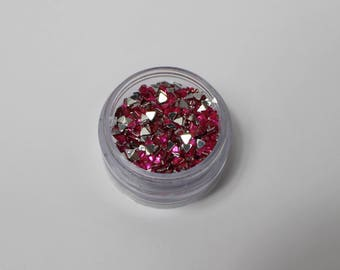 4.5 gr triangle 3 mm Pink Rhinestone paste (about 1350 rhinestones)